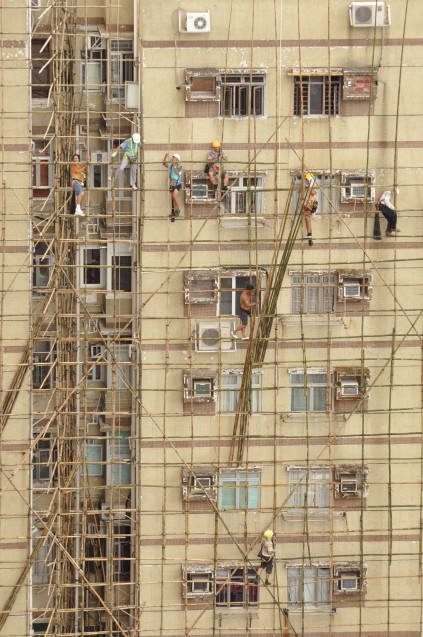 nerves of steel!...all  bamboo scaffolding!! - Version 3